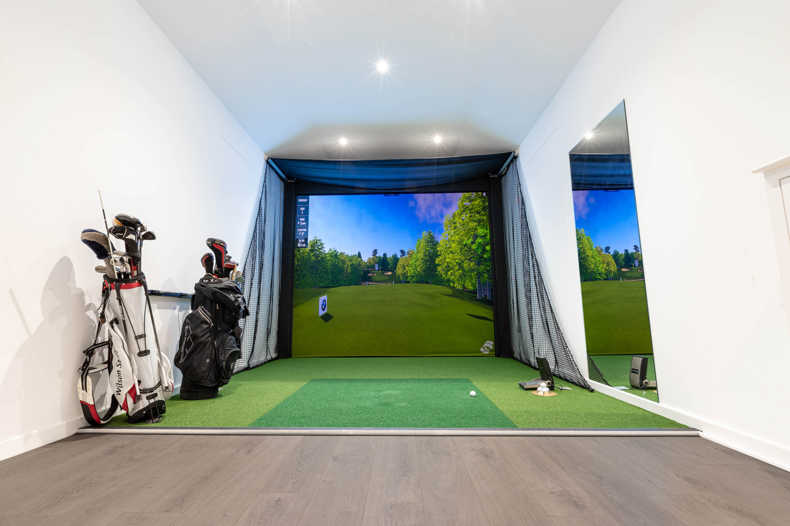Foresight Sports Europe, Performance Series Golf Simulator